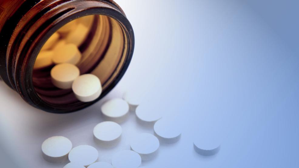 Wisconsin doctors prescribing opioids check patient history | WLUK