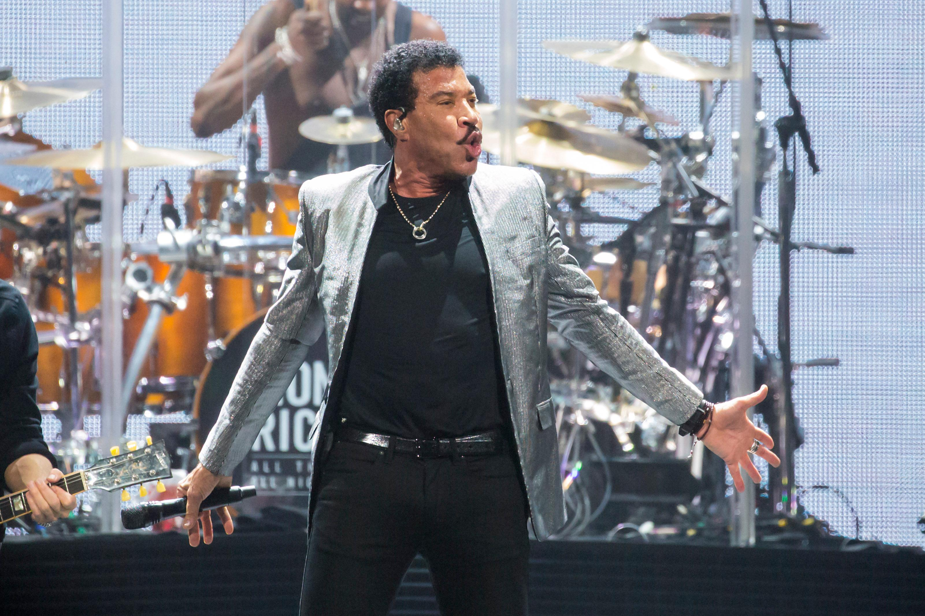 Lionel Richie plays all his classics for a packed KeyArena after his special guest Mariah Carey performed during his ALL THE HITS tour. (Sy Bean / Seattle Refined)