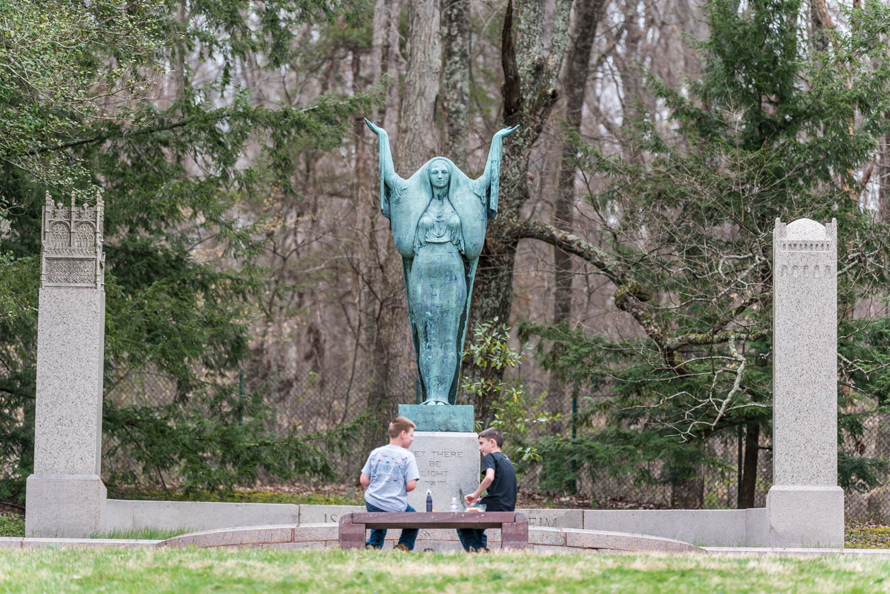 The statues were revealed in late March 2019 to celebrate the arboretum's 90th anniversary. So many people came to see it after its unveiling during spring break, administrators at Bernheim had to close briefly during one of the days. It broke the 'one day' visitors record with over 12,000 visitors flocking to the park. A nearby highway was also at a massive standstill with traffic from eager sight-seers. / Image: Mike Menke // Published: 4.23.19{ }